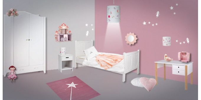 D co chambre enfant f e princesse le blog de val rie for Deco princesse chambre