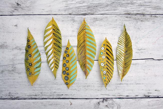 feuilles d'automne peintes