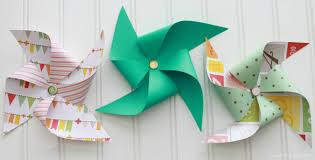 Vive les moulins vent en papier le blog de val rie - Comment fabriquer un moulin a vent en papier ...